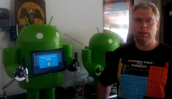 Android robot és a sör